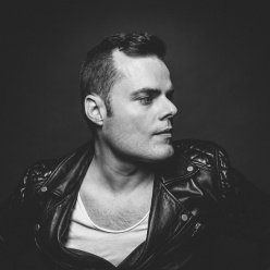 Marc Martel (Марк Мартел) voice of Freddie Mercury