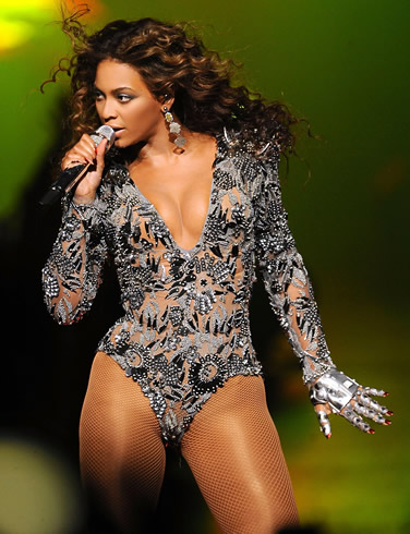 girl-nude-beyonce-nude-breasts-costume-camps